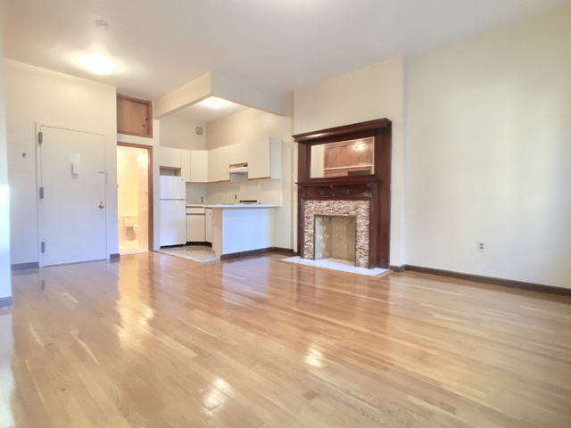 Studio, Upper West Side Rental in NYC for $1,970 - Photo 1