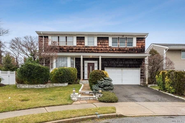 4 Bedrooms, Woodmere Rental in Long Island, NY for $5,000 - Photo 1