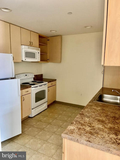 2 Bedrooms, Chinatown Rental in Philadelphia, PA for $1,700 - Photo 1
