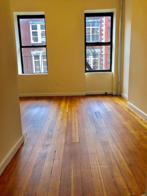 1 Bedroom, East Village Rental in NYC for $2,000 - Photo 1