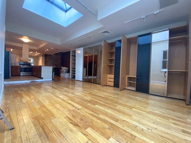 2 Bedrooms, SoHo Rental in NYC for $6,857 - Photo 1