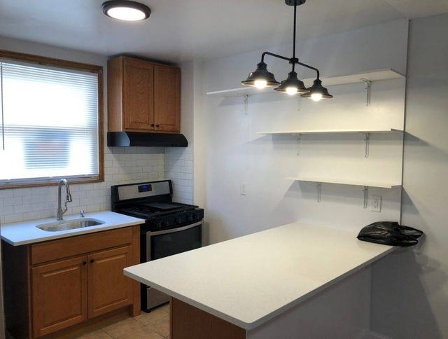 2 Bedrooms, Middle Village Rental in NYC for $2,100 - Photo 1