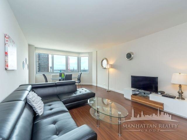 3 Bedrooms, Murray Hill Rental in NYC for $5,560 - Photo 2