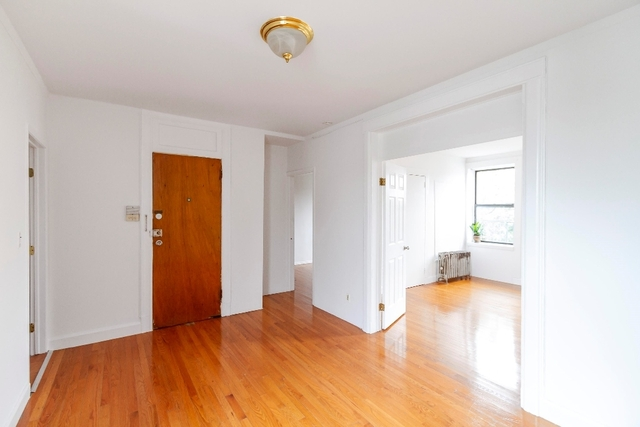 2 Bedrooms, Astoria Rental in NYC for $2,167 - Photo 2
