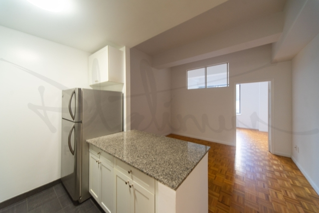 Studio, Financial District Rental in NYC for $3,996 - Photo 2