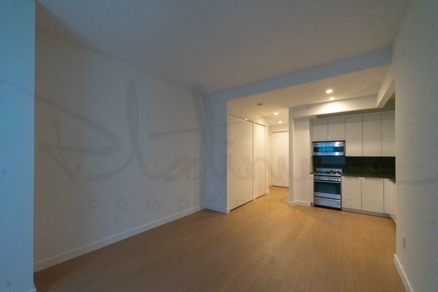 Studio, Financial District Rental in NYC for $2,604 - Photo 2