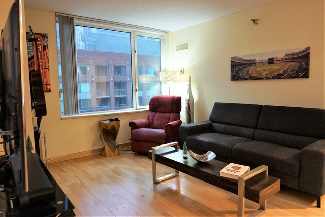1 Bedroom, Streeterville Rental in Chicago, IL for $1,895 - Photo 2
