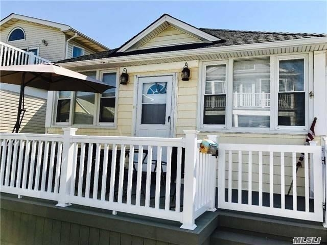 3 Bedrooms, West End Rental in Long Island, NY for $2,900 - Photo 1