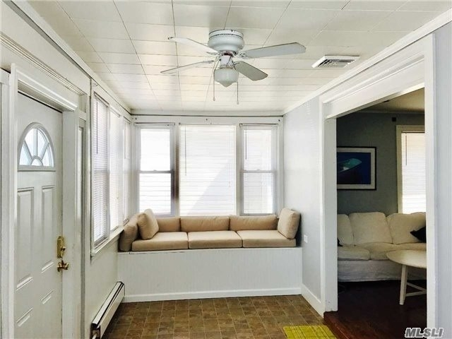 3 Bedrooms, West End Rental in Long Island, NY for $2,900 - Photo 2