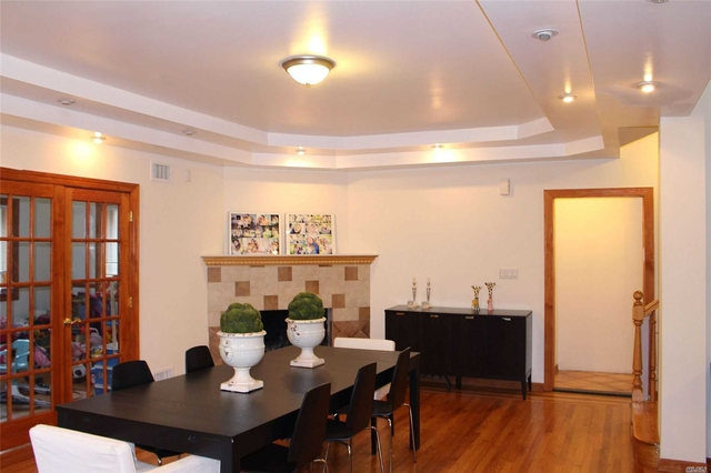 5 Bedrooms, Woodmere Rental in Long Island, NY for $5,500 - Photo 2