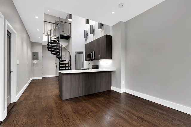 3 Bedrooms, Rose Hill Rental in NYC for $6,994 - Photo 2