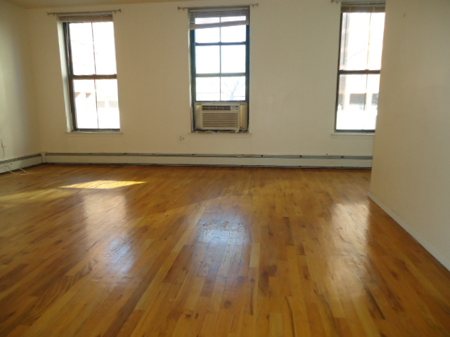2 Bedrooms, Fort Greene Rental in NYC for $2,500 - Photo 1