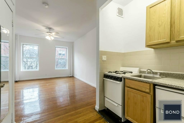 Studio, Hell's Kitchen Rental in NYC for $1,869 - Photo 2