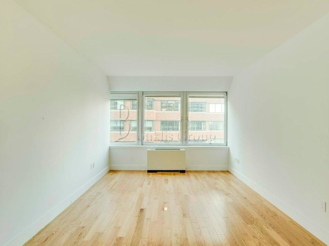 2 Bedrooms, Financial District Rental in NYC for $4,417 - Photo 1