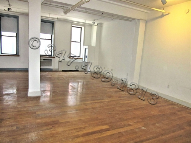 Loft, DUMBO Rental in NYC for $2,999 - Photo 2