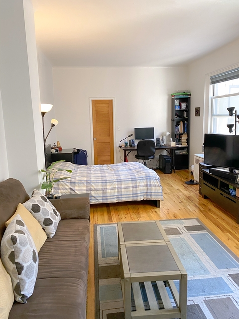Studio, NoMad Rental in NYC for $2,890 - Photo 2