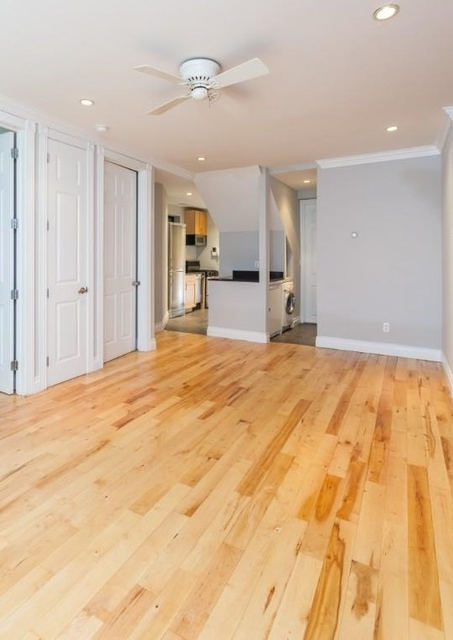 1 Bedroom, Alphabet City Rental in NYC for $2,900 - Photo 1