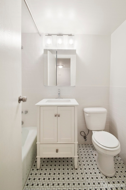 Studio, Greenwich Village Rental in NYC for $2,745 - Photo 2