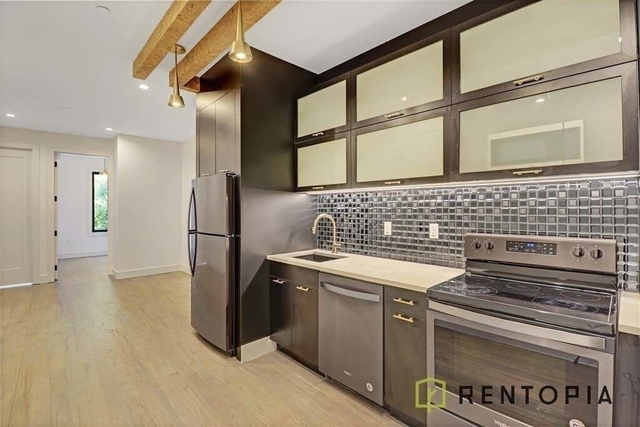 3 Bedrooms, Williamsburg Rental in NYC for $4,133 - Photo 1