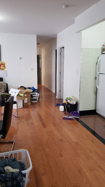 4 Bedrooms, Dyker Heights Rental in NYC for $2,600 - Photo 1