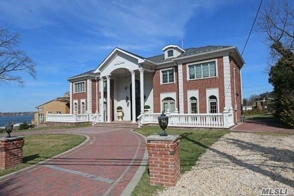 5 Bedrooms, Harbor Hills Rental in Long Island, NY for $15,000 - Photo 2