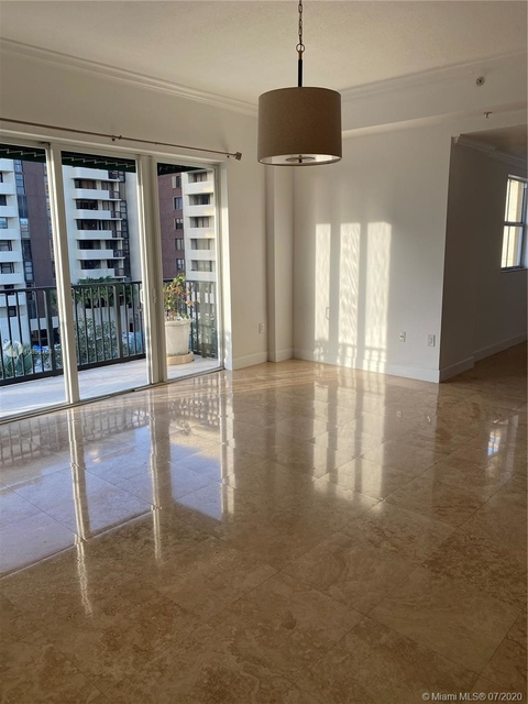 2 Bedrooms, Coral Gables Rental in Miami, FL for $4,000 - Photo 2