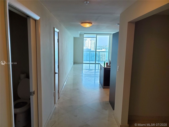 2 Bedrooms, Media and Entertainment District Rental in Miami, FL for $2,895 - Photo 2