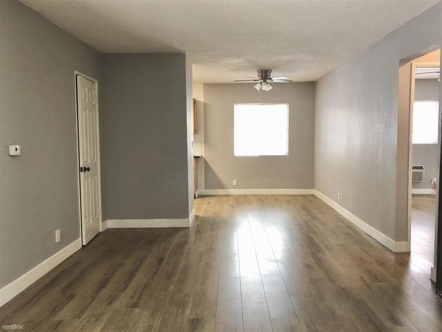 2 Bedrooms, Van Nuys Rental in Los Angeles, CA for $1,900 - Photo 1