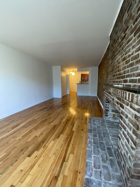 Studio, Yorkville Rental in NYC for $2,195 - Photo 2