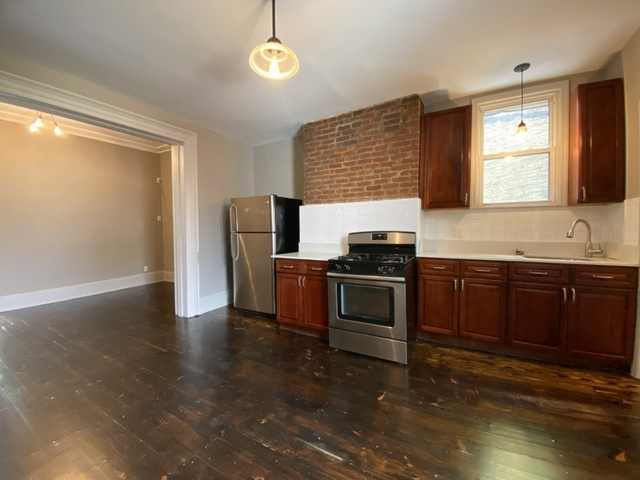 3 Bedrooms, Williamsburg Rental in NYC for $3,400 - Photo 2