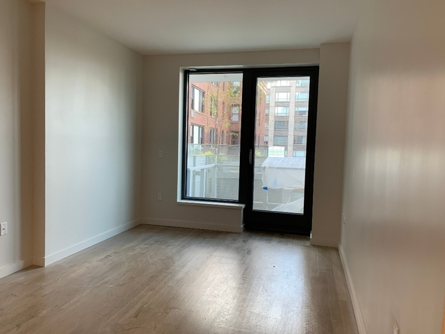 1 Bedroom, Yorkville Rental in NYC for $4,791 - Photo 2