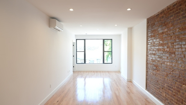 2 Bedrooms, Ridgewood Rental in NYC for $3,000 - Photo 2