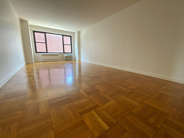 1 Bedroom, Greenwich Village Rental in NYC for $4,216 - Photo 2