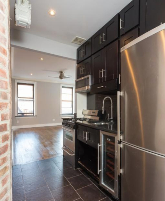 3 Bedrooms, Gramercy Park Rental in NYC for $4,655 - Photo 1