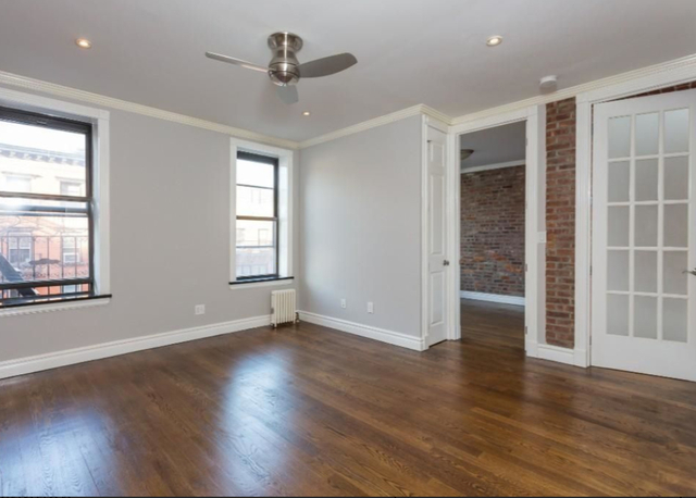 3 Bedrooms, Gramercy Park Rental in NYC for $4,655 - Photo 2