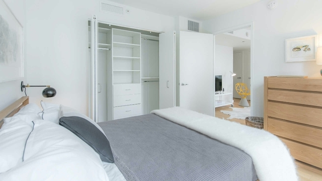 3 Bedrooms, Lincoln Square Rental in NYC for $10,941 - Photo 1
