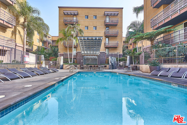 2 Bedrooms, Arts District Rental in Los Angeles, CA for $3,200 - Photo 1