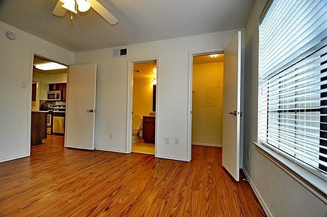 1 Bedroom, White Rock Valley Rental in Dallas for $1,000 - Photo 2