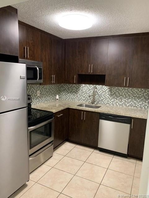 1 Bedroom, Golf Course Towers Rental in Miami, FL for $980 - Photo 1