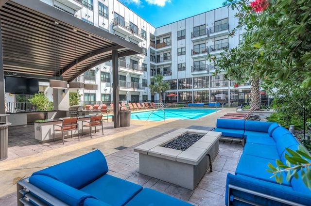 2 Bedrooms, Washington Avenue - Memorial Park Rental in Houston for $1,775 - Photo 1