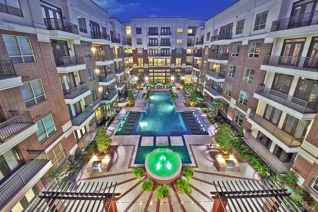 3 Bedrooms, Washington Avenue - Memorial Park Rental in Houston for $2,816 - Photo 1
