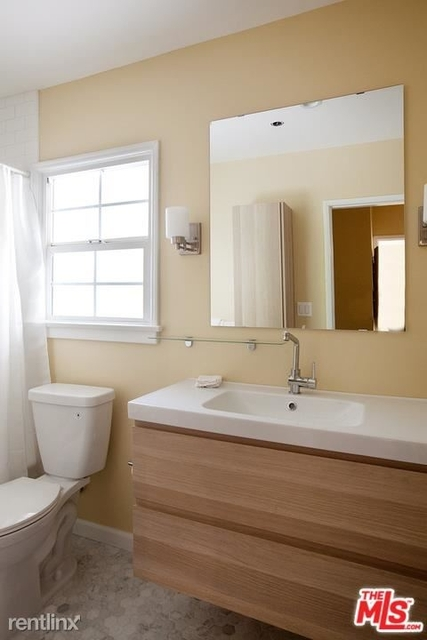1 Bedroom, West Hollywood Rental in Los Angeles, CA for $2,800 - Photo 2