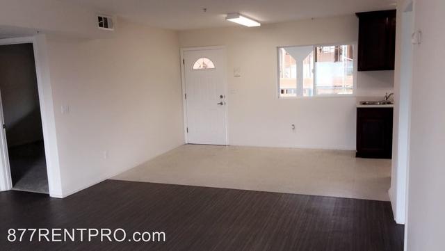 3 Bedrooms, Van Nuys Rental in Los Angeles, CA for $2,345 - Photo 2