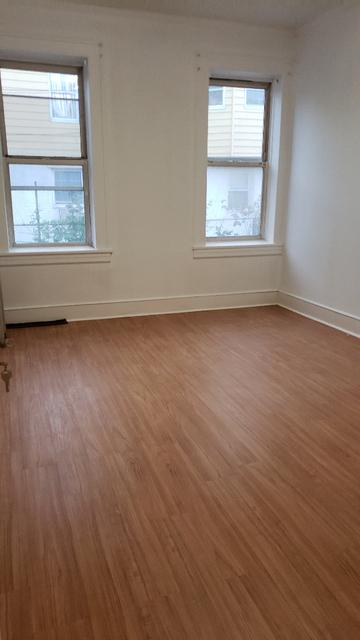1 Bedroom, Mapleton Rental in NYC for $1,700 - Photo 2