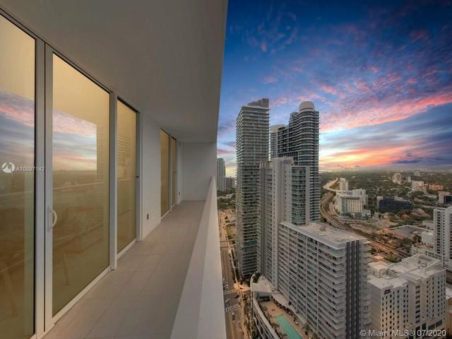 2 Bedrooms, Miami Financial District Rental in Miami, FL for $3,500 - Photo 2