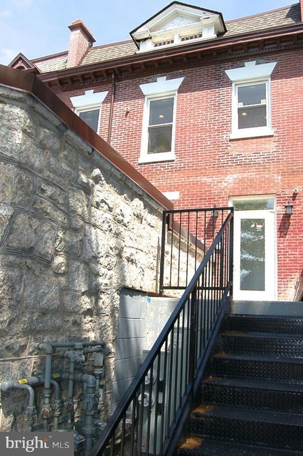 1 Bedroom, Pleasant Plains Rental in Washington, DC for $1,850 - Photo 2