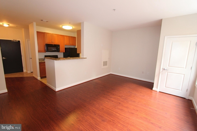 Studio, West End Rental in Washington, DC for $2,250 - Photo 2