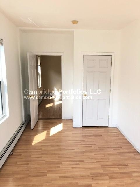 2 Bedrooms, East Cambridge Rental in Boston, MA for $2,300 - Photo 2