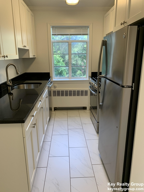 2 Bedrooms, Coolidge Corner Rental in Boston, MA for $3,195 - Photo 1