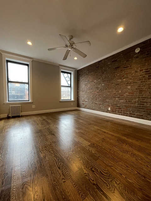 3 Bedrooms, Gramercy Park Rental in NYC for $3,200 - Photo 1